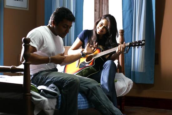 Vaaranam Aayiram Movie - Surya and Sameera Reddy in Vaaranam Aayiram movie - Indian Bollywood ...